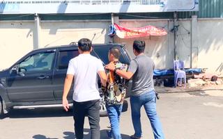 Video: Bắt hai đối tượng bẻ trộm hàng chục cặp gương chiếu hậu của xe sang