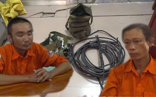 Video: Giả danh nhân viên điện lực để cắt trộm dây điện hạ thế