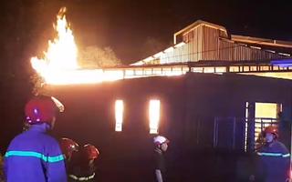 Video: Cháy lớn tại chùa Thanh Tâm