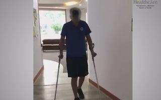 Cứu đôi chân mất khả năng đi lại nhờ trị liệu thần kinh cột sống