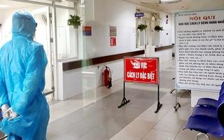 Video: Bệnh nhân nghi nhiễm COVID-19 ở Đà Nẵng đang thở bằng máy