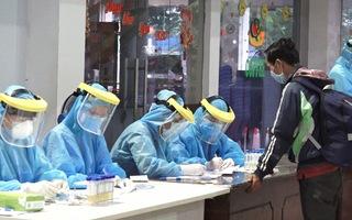 Video: Bệnh nhân thứ 420 ở Đà Nẵng từng tới một chung cư ở quận 11, TP.HCM để thăm con