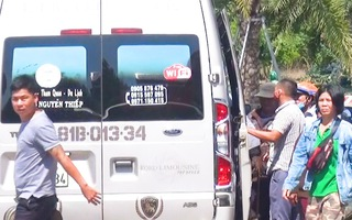 Video: Nhiều xe khách bỏ khách dọc đường, né tránh kiểm tra y tế