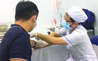 Video: Người dân TP.HCM rời Đà Nẵng từ 1-7, chủ động đến trạm y tế xét nghiệm COVID-19