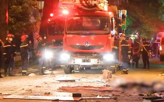 Vụ sập giàn cẩu kính ở Hà Nội: 4 công nhân đều đã tử vong