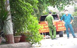 Video: Phong tỏa một con hẻm tại quận Tân Phú vì có người nghi nhiễm COVID-19