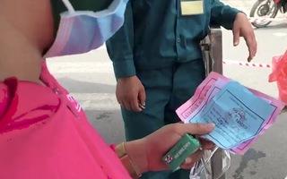 Video: Theo chân người dân Đà Nẵng đi chợ theo ngày chẵn - lẻ, phiếu hồng và phiếu xanh