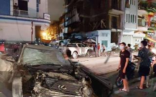 Video: Hiện trường hỗn loạn ôtô phóng nhanh gây tai nạn liên hoàn
