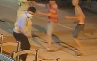 Video: Nhân viên và bảo vệ Trạm thu phí Ninh Xuân bị đánh trọng thương