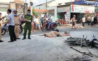 Video: Xe bồn cán xe máy bốc cháy, 1 người chết