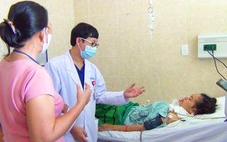 Video: Đồng Nai có 2 bệnh nhân cấp cứu vì patê Minh Chay,  gần 1300 người mua sản phẩm này ở TP.HCM