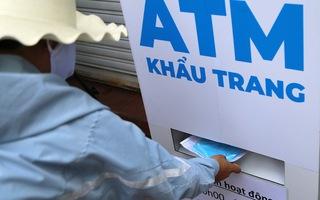 Video: ATM khẩu trang miễn phí đầu tiên ở TP.HCM