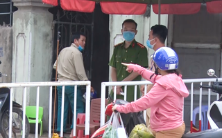 Video: Cách ly 2 khu phố ở Sầm Sơn vì có người mắc COVID-19