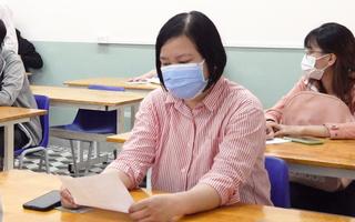 Video: Thí sinh 35 tuổi ở điểm thi Trường THPT Lê Quý Đôn