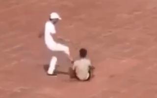 Video: Đình chỉ bảo vệ trường đánh người giữa sân trường