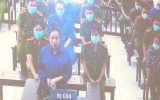 Video: Tòa đang xử vợ Đường 'Nhuệ' cùng 4 cán bộ thao túng đấu giá đất ở Thái Bình