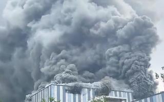 Video: Trung tâm thí nghiệm của Huawei ở Trung Quốc bốc cháy dữ dội
