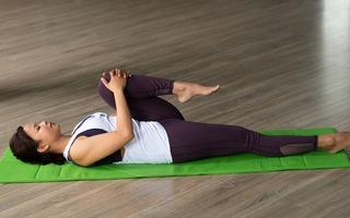 Bài tập yoga giảm đau mỏi cho vùng lưng