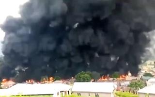 Video: Ít nhất 23 người thiệt mạng trong vụ nổ xe bồn chở xăng