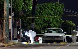 Video: Xả súng vào đám tang khiến hơn 20 người thương vong