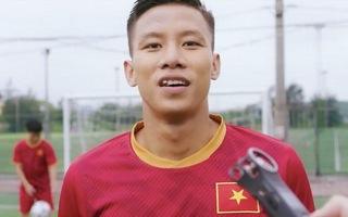 Video: Cầu thủ Quế Ngọc Hải nói gì về vụ vi phạm bản quyền?