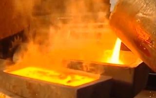Video: Cận cảnh công nghệ tinh luyện vàng thỏi nguyên chất
