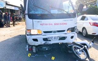 Video: Tài xế xe tải ngủ gật 'lùa' 5 học sinh và 1 thanh niên bị thương nghiêm trọng