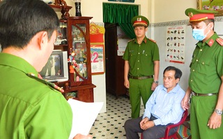 Video: Bắt giam chánh văn phòng Sở Y tế tỉnh Tiền Giang vì nhận hối lộ