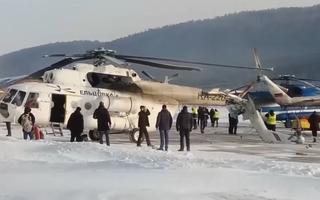 Video: Trực thăng đâm vào tổ hợp tòa nhà tại sân bay ở Nga