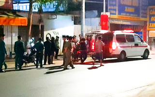 Video: Mâu thuẫn trong quán nhậu, một thanh niên bị đâm chết