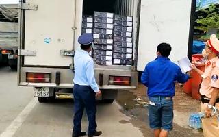 Video: Thiếu nhãn phụ tiếng Việt, lô đầu cá hồi bị phạt hơn 22 triệu đồng