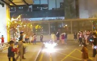 Video: Đón tết trong khu cách ly ở Hà Nội, TP.HCM, Bình Dương