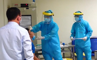 Video: Chuyên gia người Nhật Bản dương tính với SARS-CoV-2