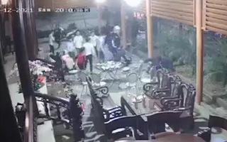 Video: Khởi tố nhóm côn đồ xông vào nhà dân chém người tối mùng 1 Tết