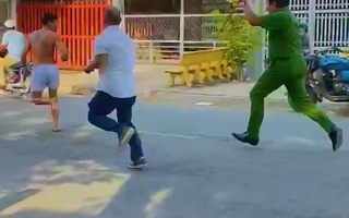 Video: Khởi tố thanh niên nghi 'ngáo đá', chém trọng thương nhiều người ở Tiền Giang