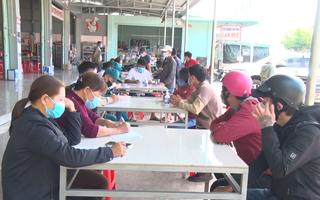 Video: Các xe từ Gia Lai khi vào địa bàn Đắk Lắk đều phải khai báo y tế