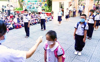 Video: Hà Nội cho phép học sinh trở lại trường từ ngày 2-3
