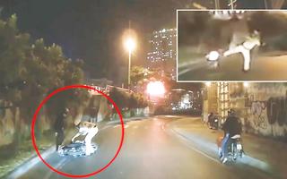 Video: CSGT sử dụng 'võ ngành' sau khi nghe tiếng truy hô cướp làm thanh niên ngã nhào