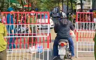 Video: 5 ca COVID-19 được Bộ Y tế công bố, có 2 anh em nhân viên sân bay Tân Sơn Nhất