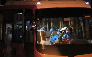 Video: Một nhân viên nhiễm COVID-19, UBND quận 10 tạm ngưng nhận hồ sơ của dân