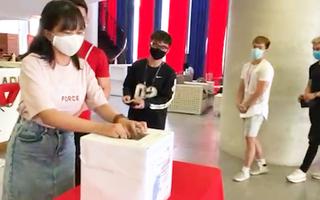 Video: Trường đại học Quốc tế Hồng Bàng hưởng ứng 'Cùng Tuổi Trẻ góp vắc xin COVID-19'