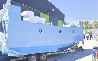 Video: Tự chế tàu ngầm dài 9m, rộng 3m để buôn ma túy