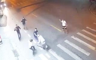 Video: Kinh hoàng 2 nhóm rượt chém nhau trên phố ở Nam Định, một người tử vong
