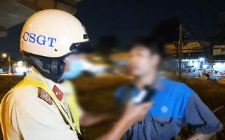 Video: Cãi đến cùng với CSGT khi bị xử lý vi phạm nồng độ cồn