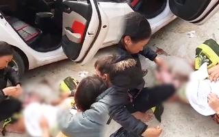 Video: Sản phụ sinh bé gái bên vệ đường khi chưa kịp đến bệnh viện