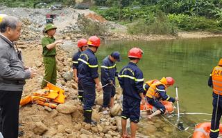 Video: Tìm kiếm công nhân thủy điện Rào Trăng 3 mất tích sau 4 tháng tạm ngừng