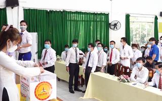 Video: Trường CĐ Đại Việt Sài Gòn ủng hộ 219 triệu đồng 'Cùng Tuổi Trẻ góp Vắc xin COVID-19'