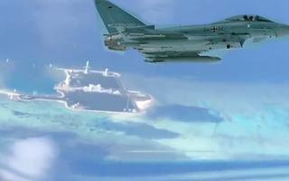 Video: Philippines tuần tra gần nơi tàu Trung Quốc neo đậu ở đá Ba Đầu, phớt lờ 'cảnh báo'