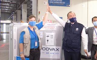 Video: 811.200 liều vắc xin COVID-19 của COVAX vừa về đến Việt Nam