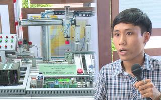 Video: Thiết bị cảnh báo lũ của sinh viên ở Bình Định